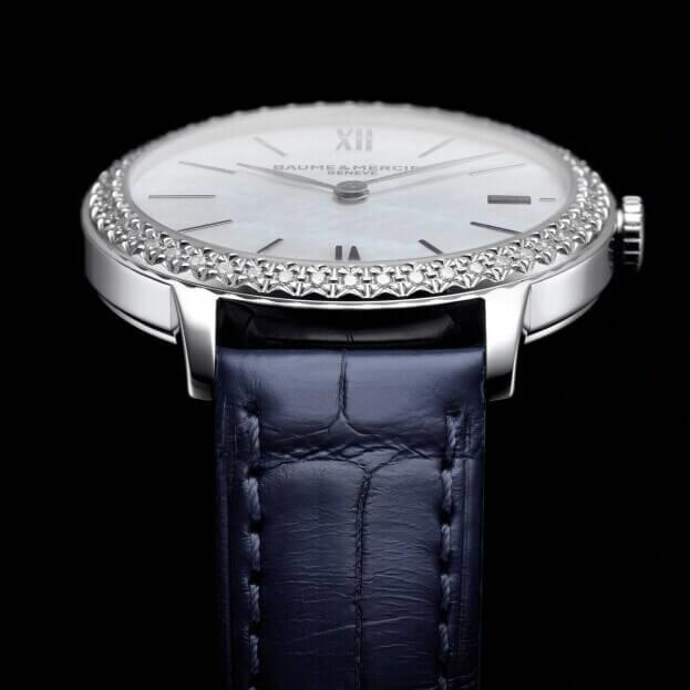 BAUME et MERCIER Classima Quartz 31mm Λευκό Mother-of-Pearl Καντράν με Μπριγιάν Γυναικείο Ρολόι