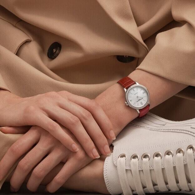 BAUME et MERCIER Classima Automatic 31mm Λευκό Mother-of-Pearl Καντράν με Μπριγιάν Γυναικείο Ρολόι