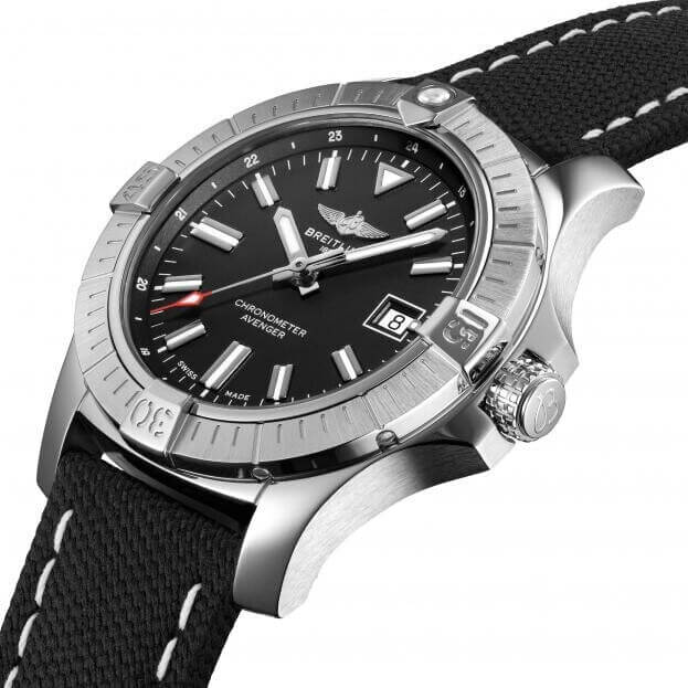 BREITLING Avenger Automatic 43mm Black Dial Mens Watch