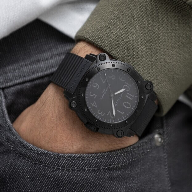 HAMILTON Khaki Navy BeLOWZERO Auto Titanium 46mm Μαύρο Καντράν Ανδρικό Ρολόι